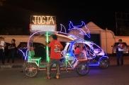 Sepeda Neon di Alun-Alun Kidul