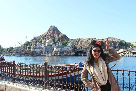 Disneysea volcano 2